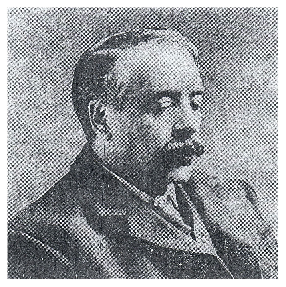 Photograph of TH Roberts in newspaper. Click to enlarge.